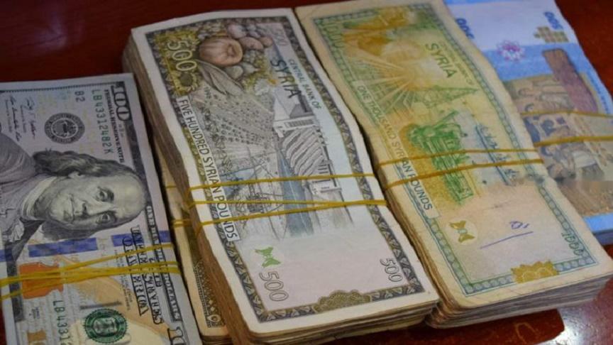 انخفاض جيد لأسعار الدولار والذهب في سوريا