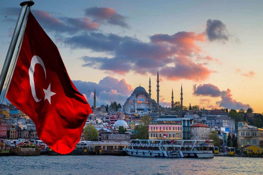 تصريحات مطمئنة في قمة الاستثمارات الدولية للمستثمرين في تركيا