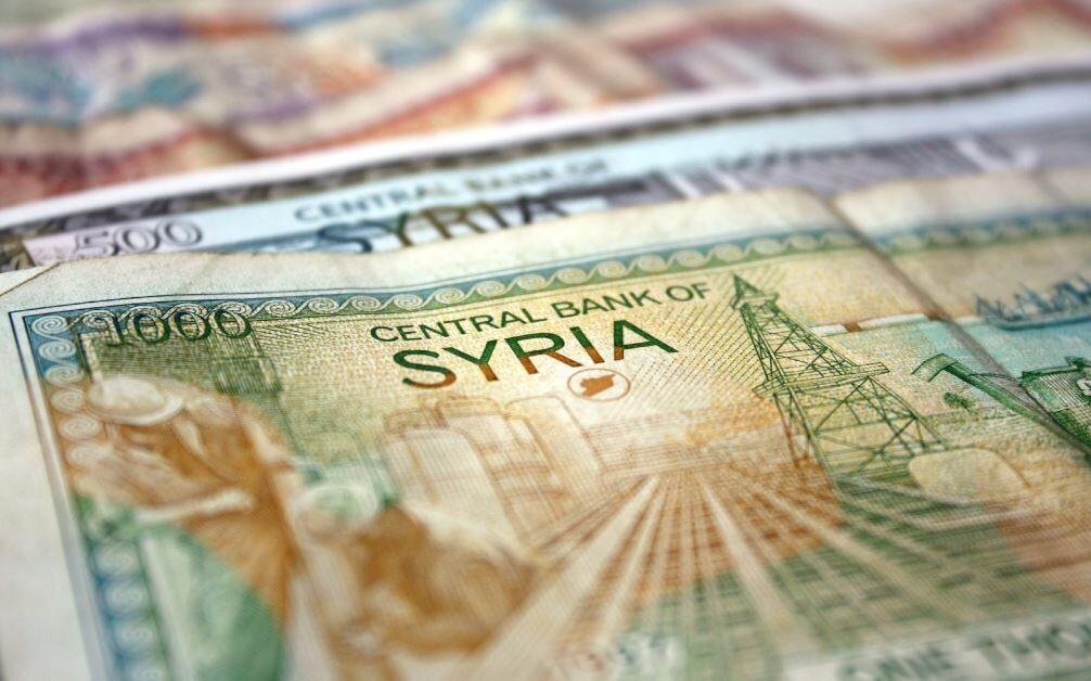 صعود جيد لليرة السورية أمام الدولار الأمريكي