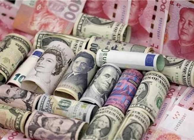 أسعار صرف العملات في سوريا بالسوق السوداء بتاريخ 17 أيار 2021