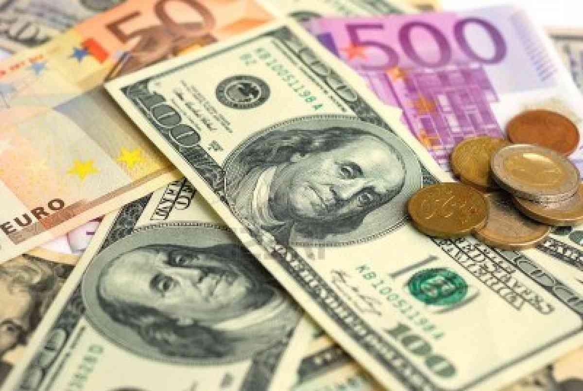 أسعار صرف العملات في سوريا بالسوق السوداء بتاريخ 2 حزيران 2021