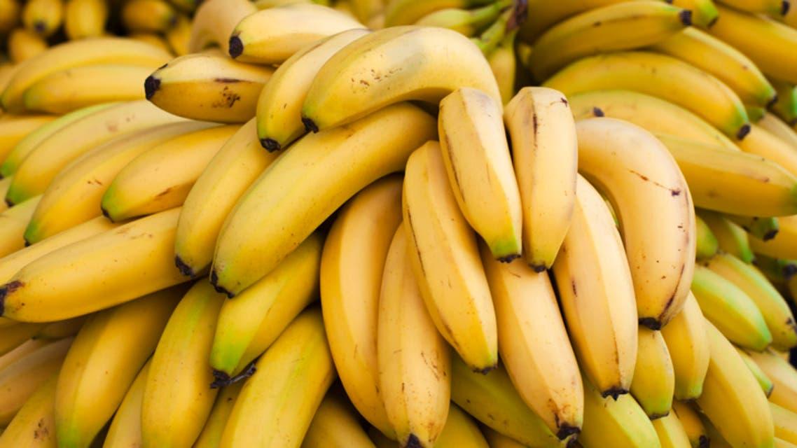 وزارة التجارة الخارجية تعلق استيراد الموز والسورية للتجارة تبيع موز مهرب